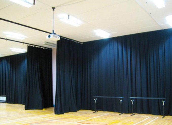 Cortinas acústicas para separación de estancias